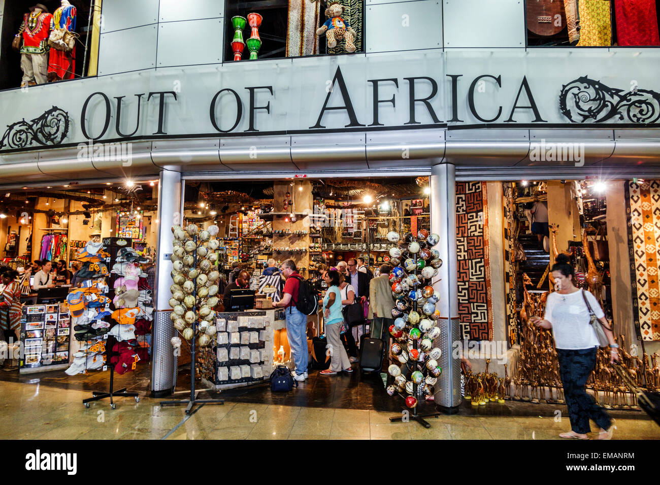Due South Craft Route; See also: South Africa's arts and crafts; Fashion and finery. South Africa's sophisticated clothing industry manufactures garments ranging from high fashion to well-made safari clothing and sportswear, all of which are reasonably priced.