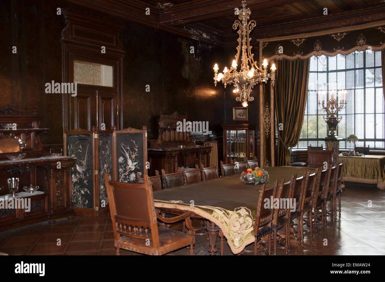 dining room of the braun-menendez mansion, magallanes regional