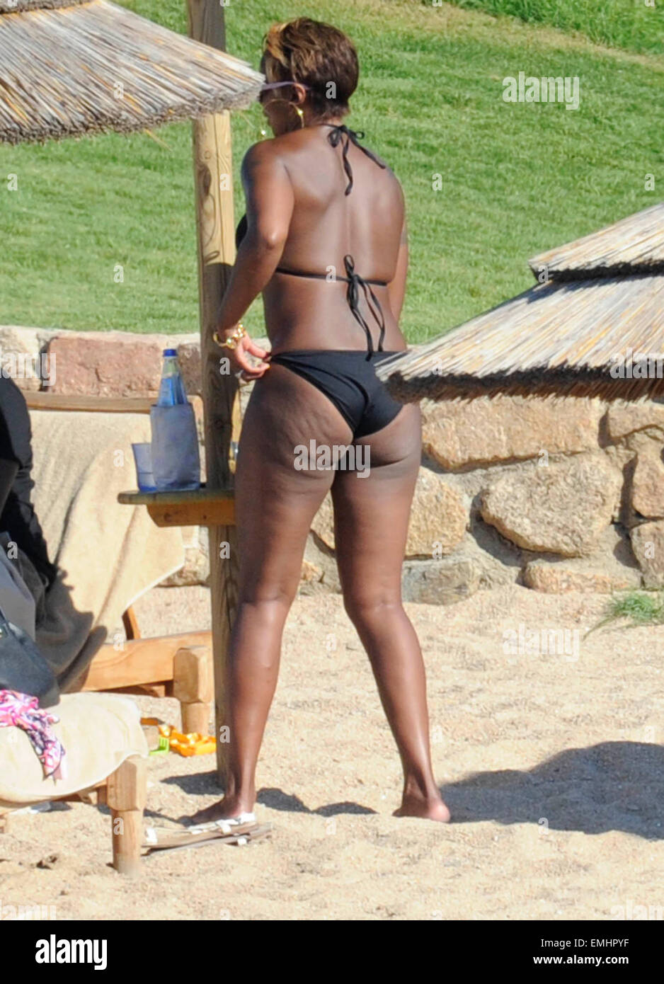 Does Mary j blige nude bikini knows it
