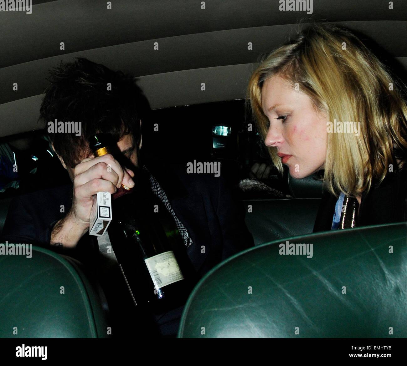 24.NOVEMBER.2008. LONDON KATE MOSS, JAMIE HINCE AND STELLA ...