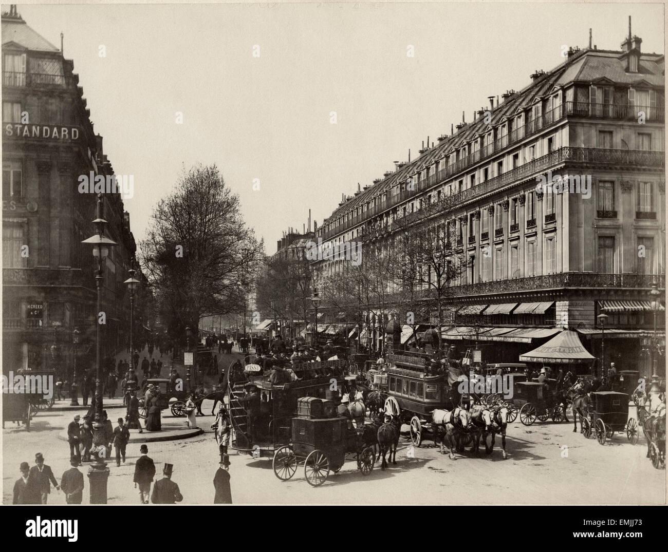 Cafe Lumiere Paris