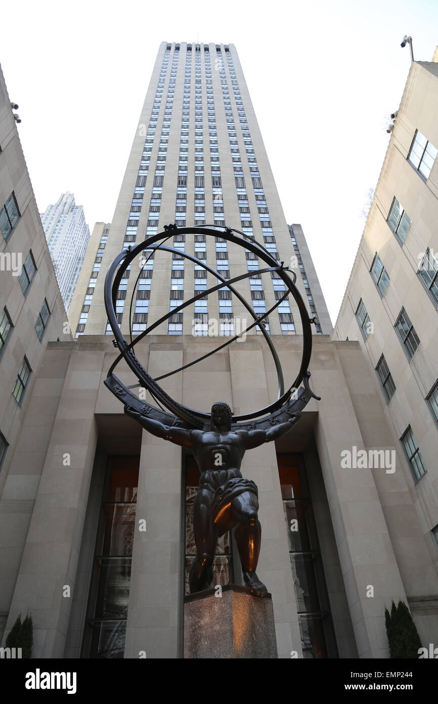 affordable new york city statue of titan atlas by lee lawrie art deco style rockefeller center. Black Bedroom Furniture Sets. Home Design Ideas