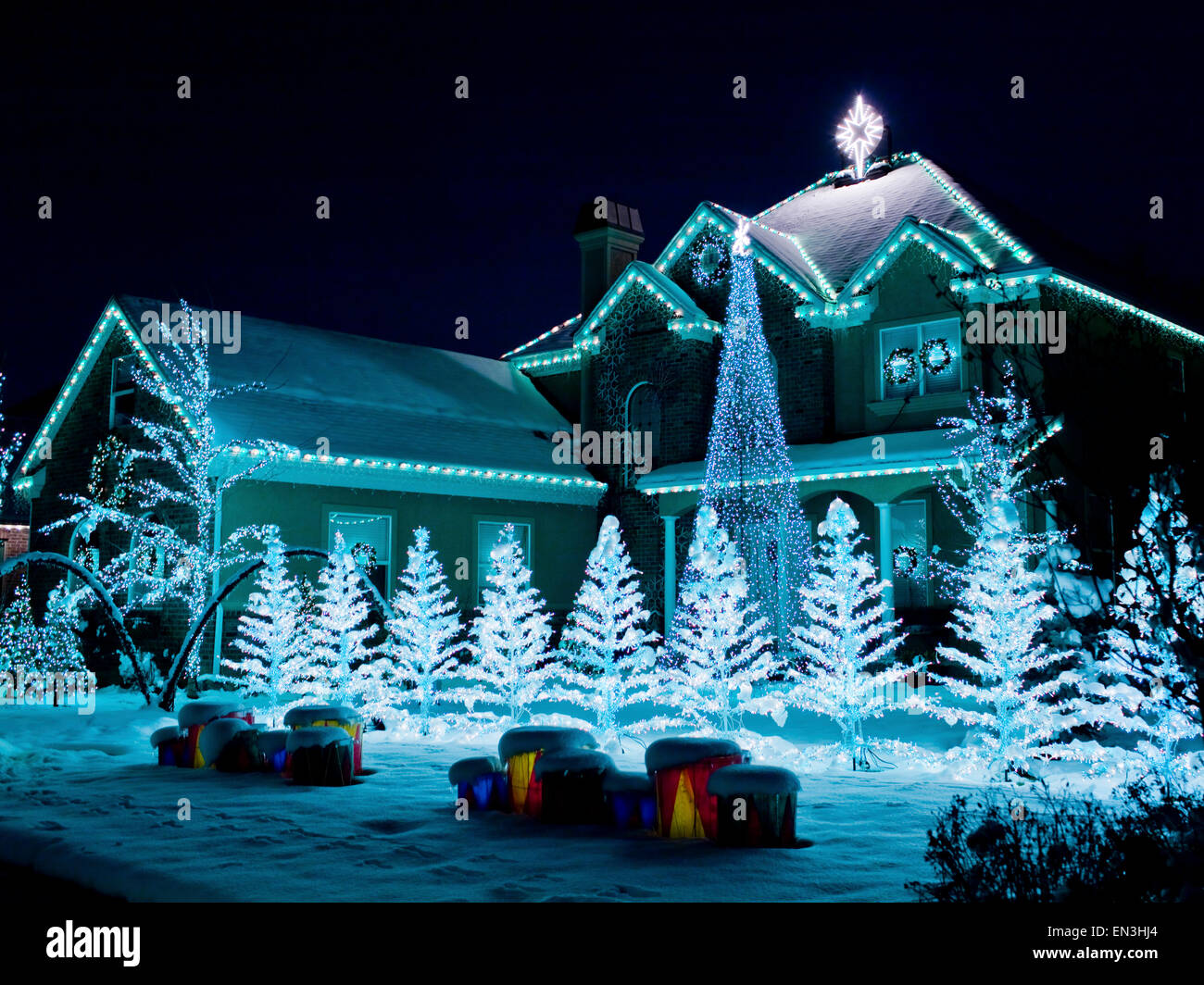 Usa Utah American Fork House Decorated With Christmas Lights And Stock Photo Royalty Free Image