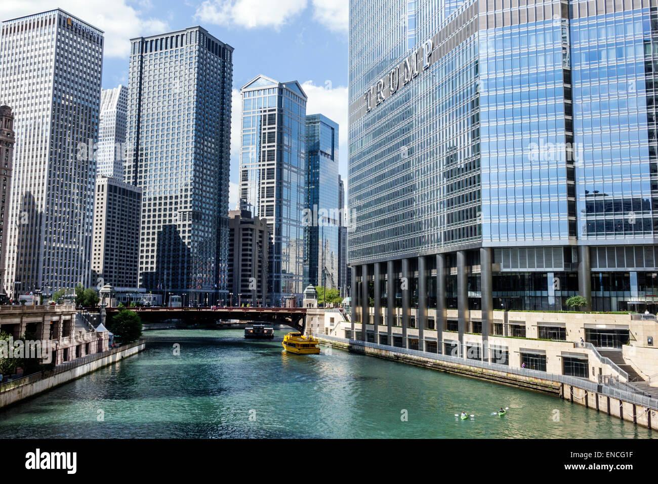 Chicago illinois michigan avenue chicago river skyline skyscraper trump international hotel tower luxury hotel leo burnett building modernist archit