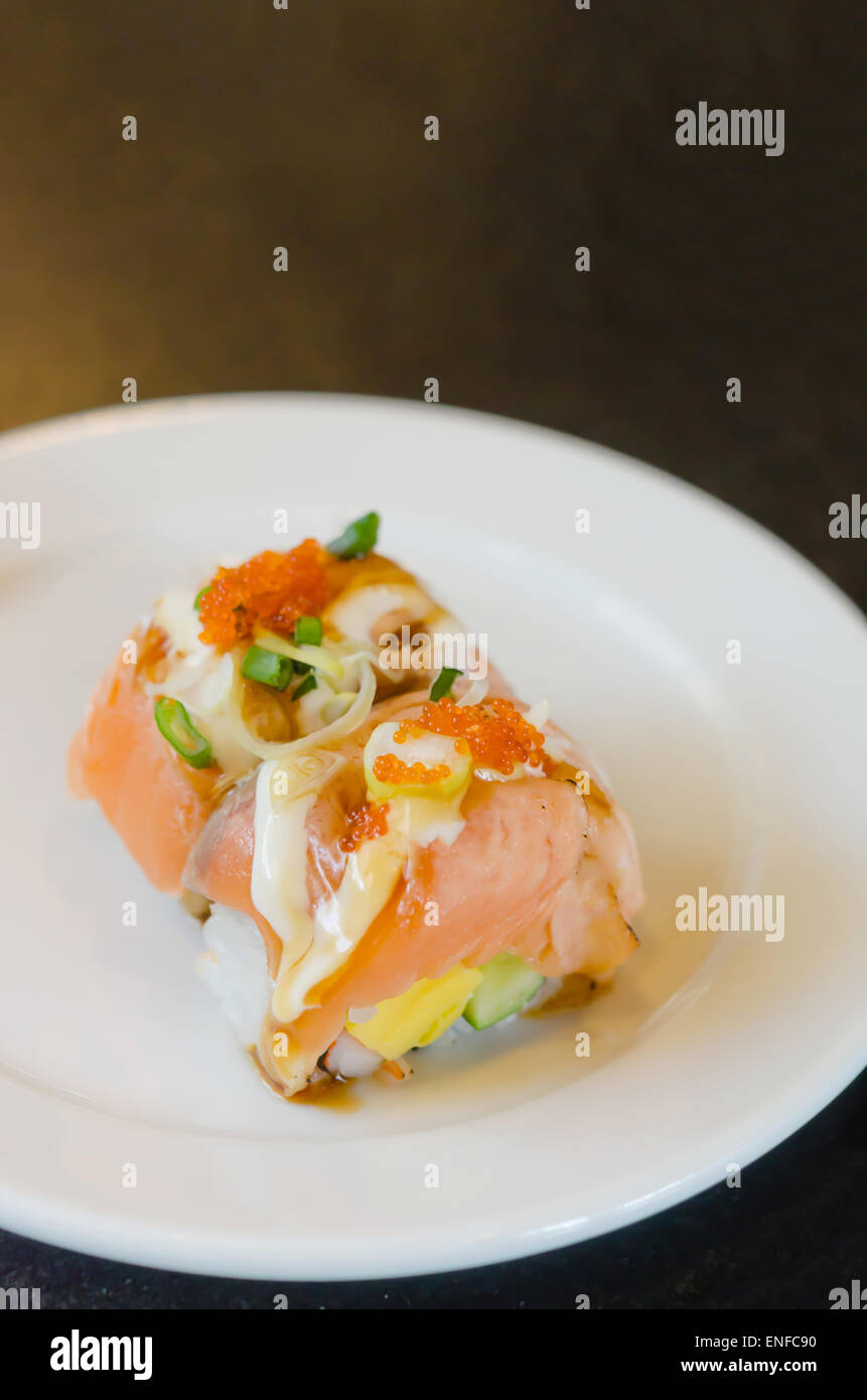 Shrimp egg sushi for Fish eggs on sushi