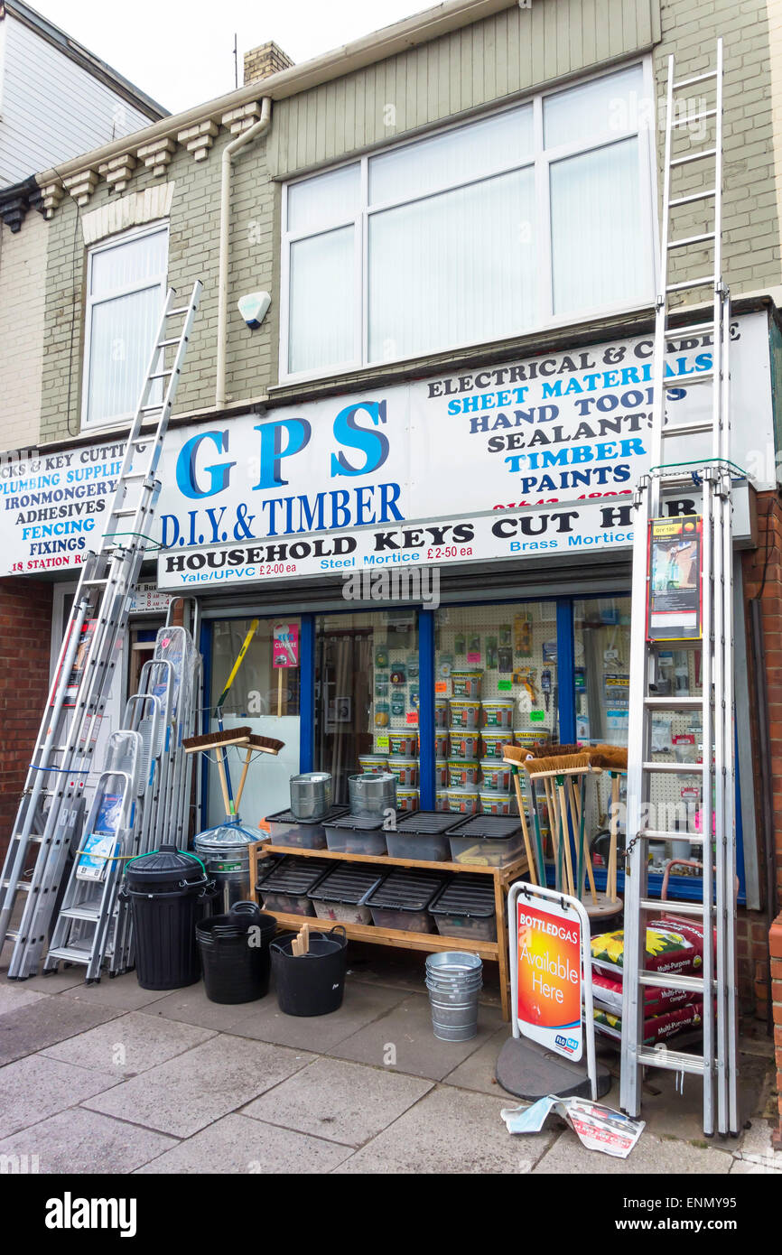 A do it yourself diy shop small business in town stock photo a do it yourself diy shop small business in town solutioingenieria Image collections