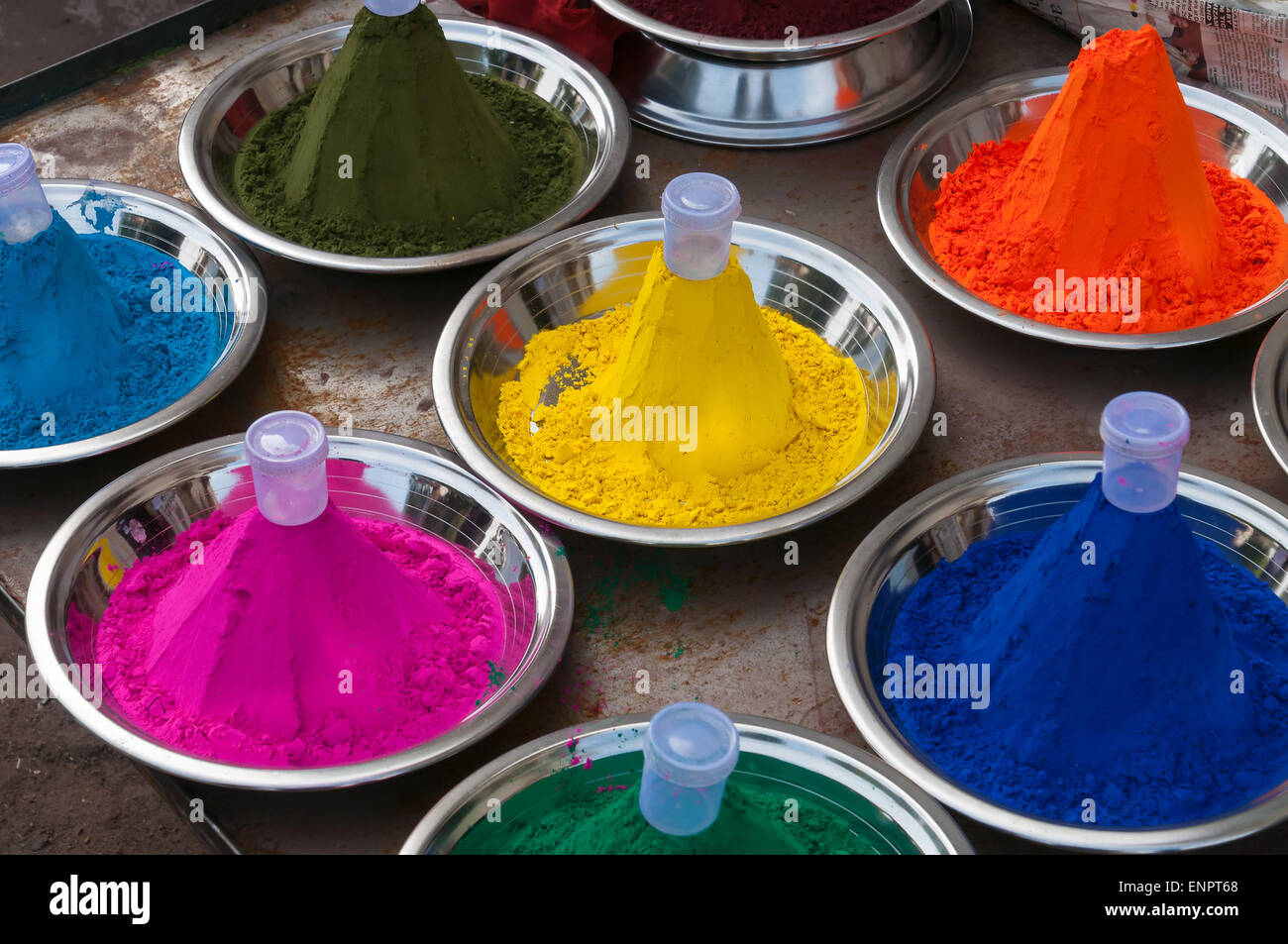 Color powder on the indian market in Orchha. India Stock Photo ...