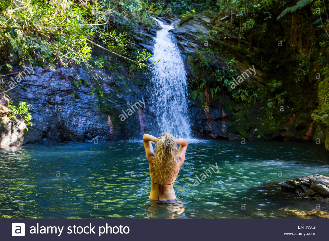 indian girls getting naked under waterfalls