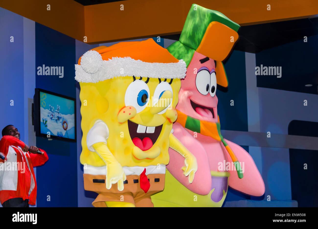 spongebob squarepants and patrick star cartoon characters stage