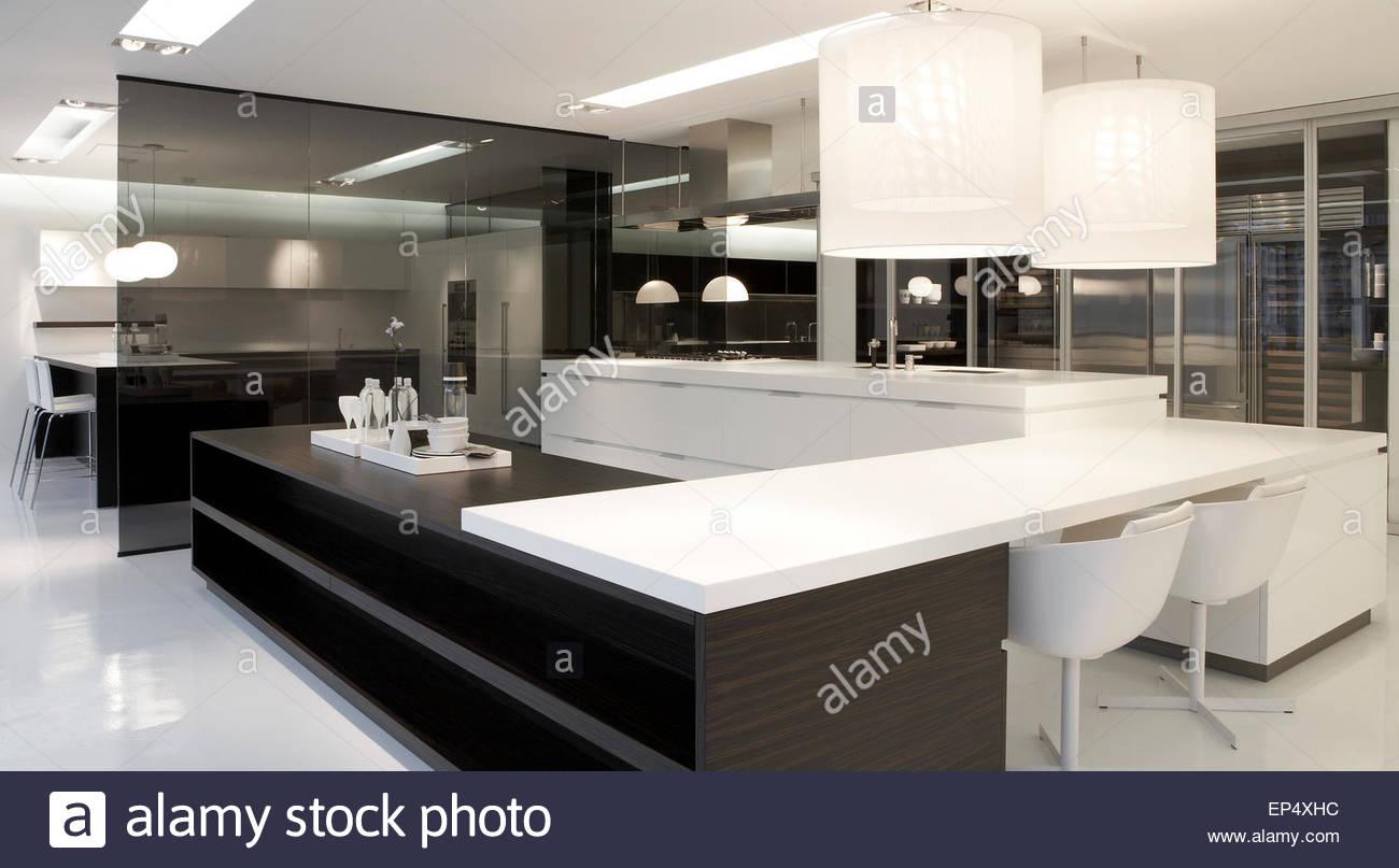 Kitchen area poliform showroom london london united kingdom stock photo royalty free image - Poliform showroom ...
