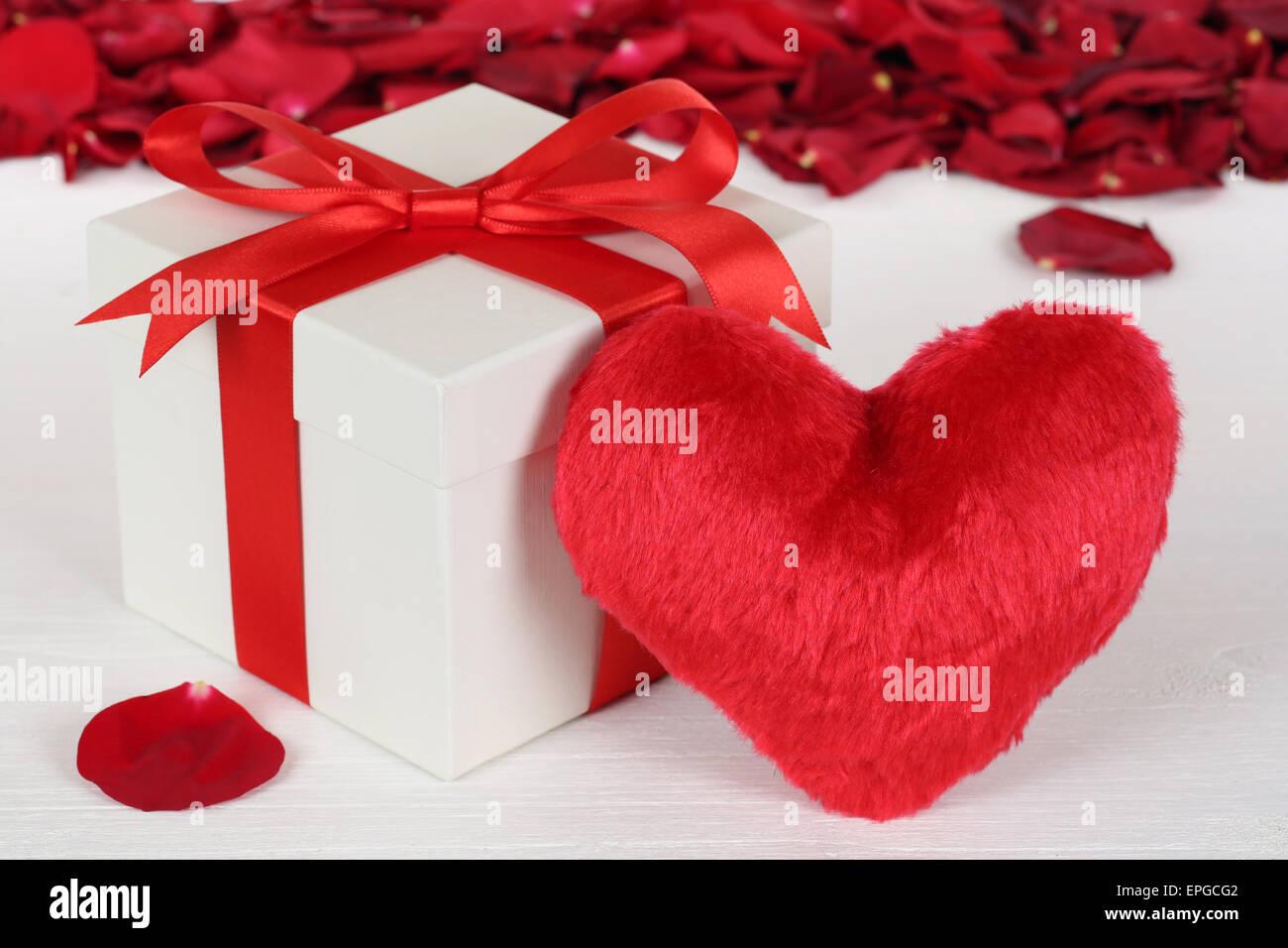 Geschenk Mit Herz Für Geschenke Zum Muttertag Oder Valentinstag