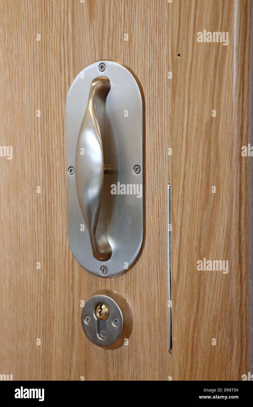 An anti-ligature door handle for a new psychiatric hospital wing ...