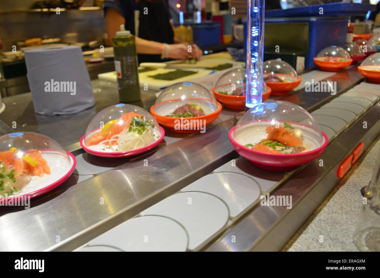 Conveyor Belt Food Service