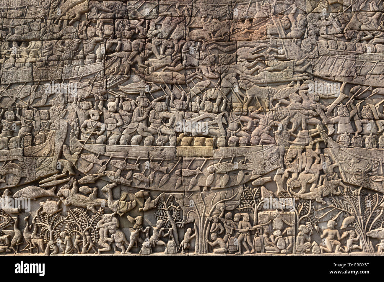 Bas relief on the east wing of the south gallery the battle at tonle