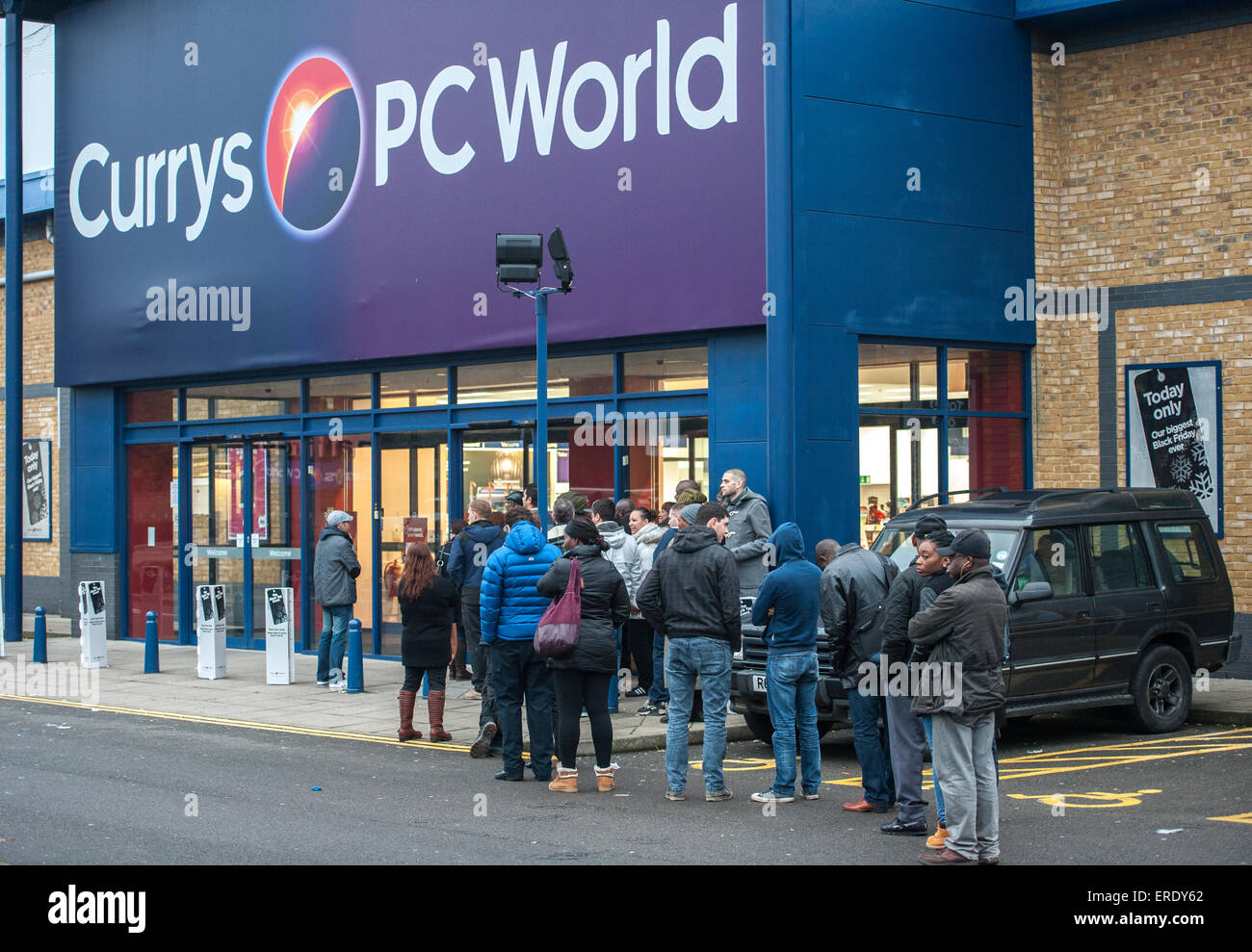 A disappointing Black Friday turn out at Currys PC World in ...