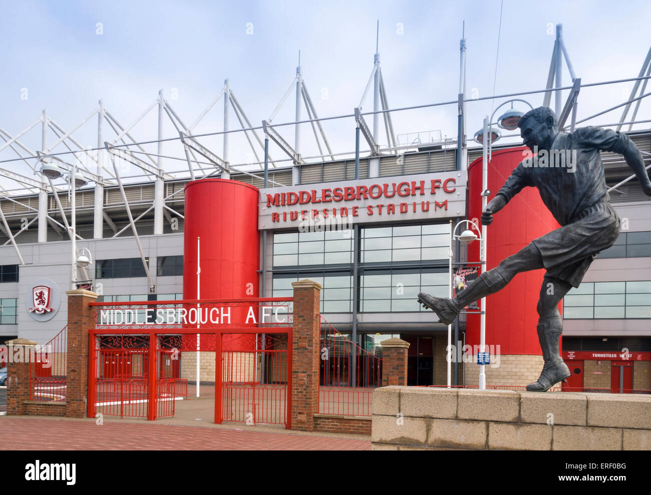Wilf mannion statue at ayresome park gates at the for The riverside
