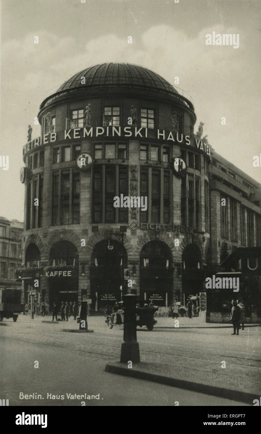 Haus Vaterland Berlin Germany Street View Of The Fatherland House Pleasure Palace 1930s