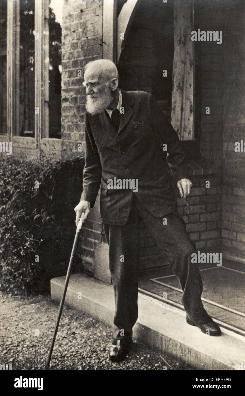 bernard shaw stock photos bernard shaw stock images alamy george bernard shaw portrait walking stick the chucker out shaw
