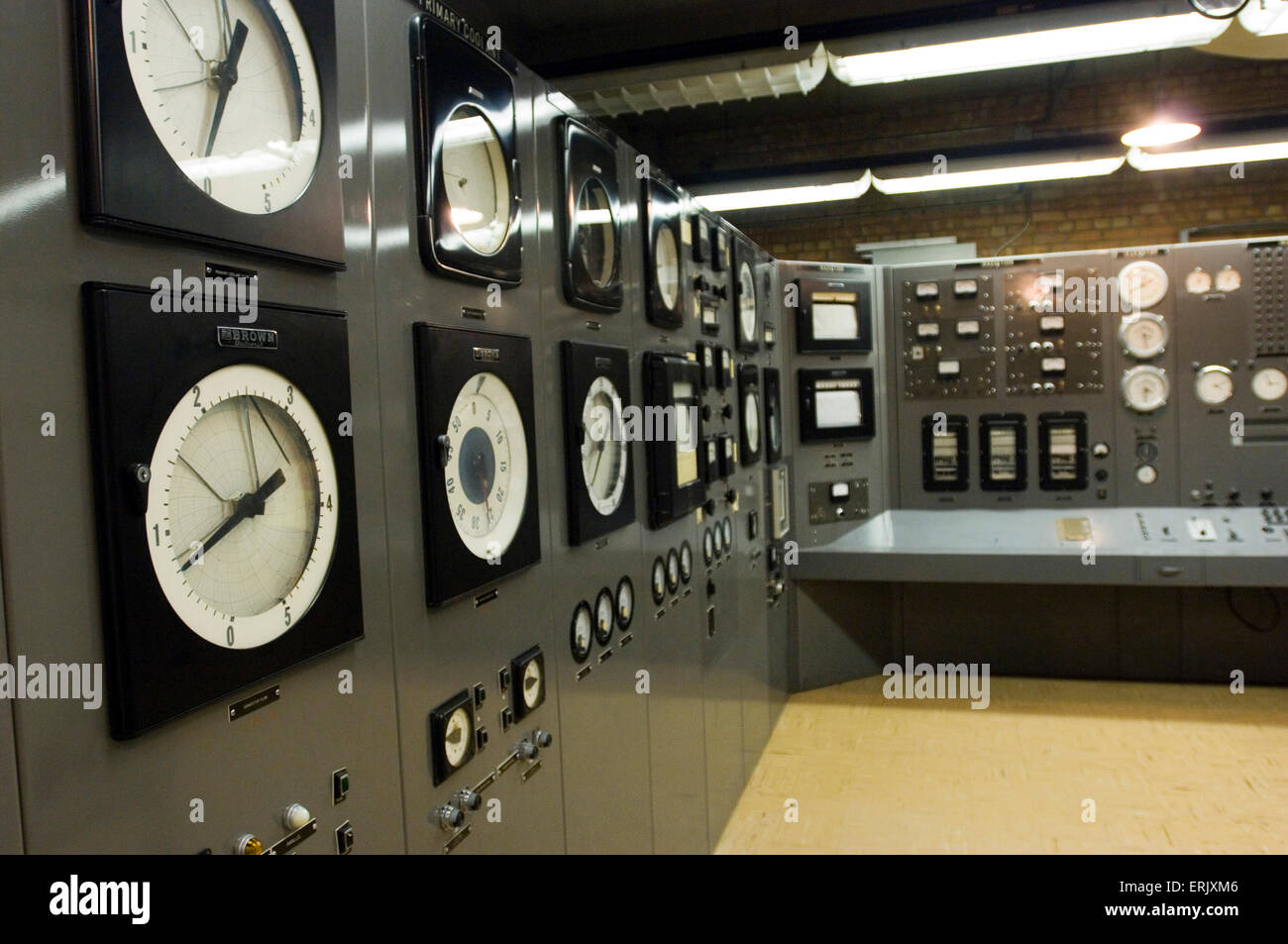 Super Control Room Of Ebr 1 Building Experimental Breeder Reactor 1 Largest Home Design Picture Inspirations Pitcheantrous