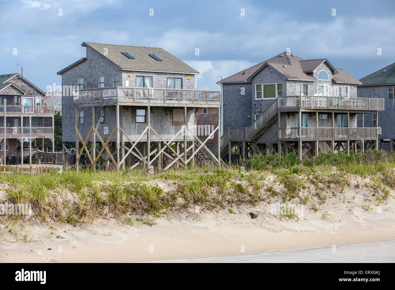 North carolina beach house rentals house plan 2017 for Beach house plans outer banks
