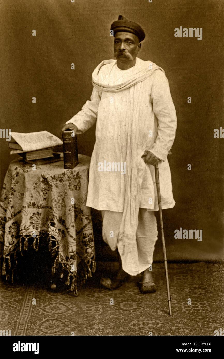 gangadhar nehru father