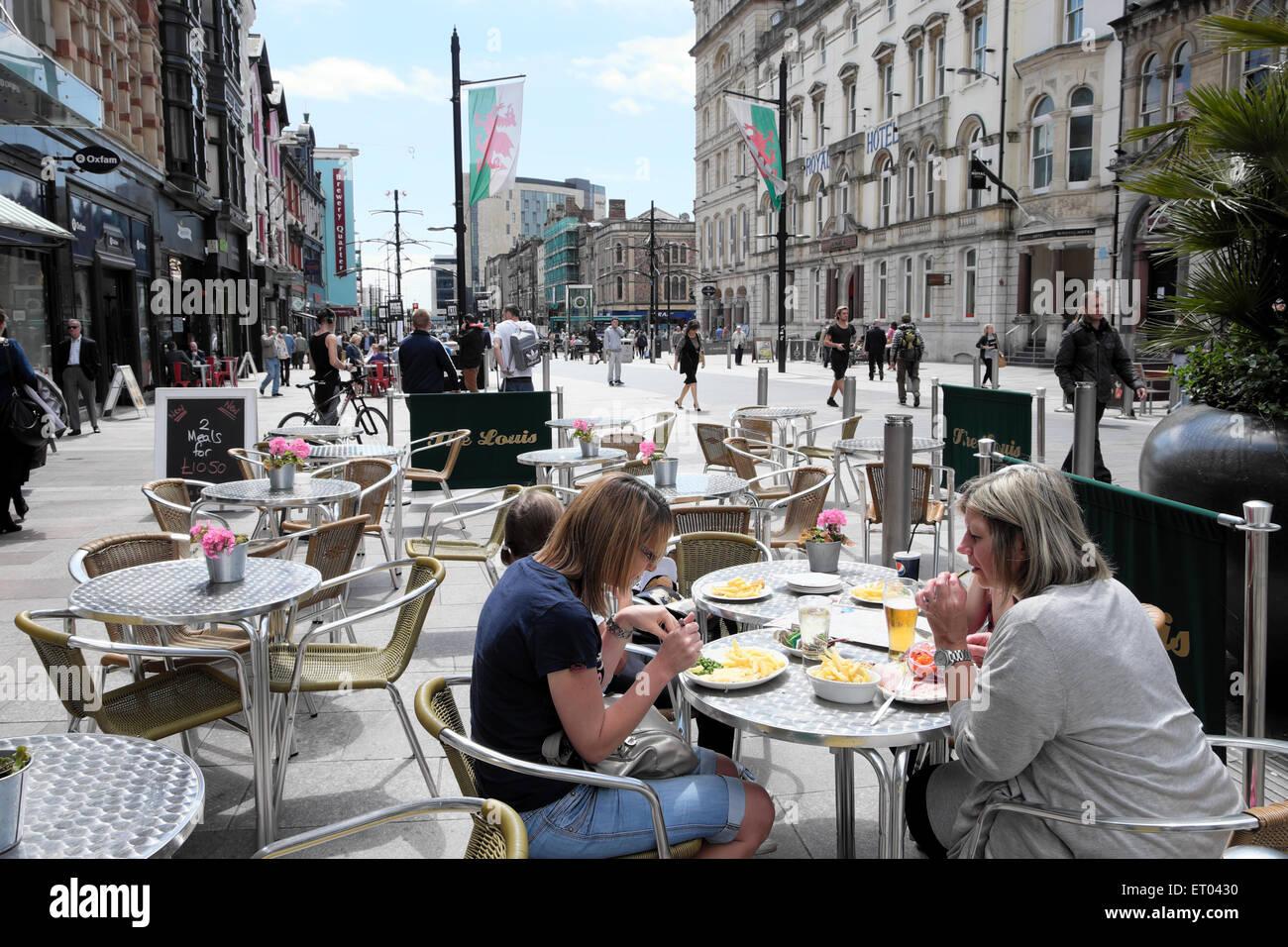 alfresco restaurant stock photos u0026 alfresco restaurant stock