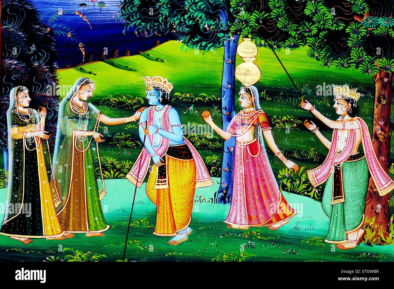 lord krishna and sudama essay Krishna & sudama's friendship is known to all sudama was a poor brahmin man  he didn't even have enough money to feed his children once with tearful.