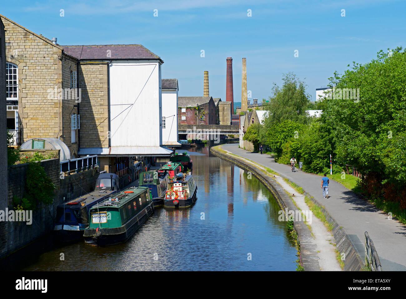 Has West Yorkshire Kingdom Shipley United industries
