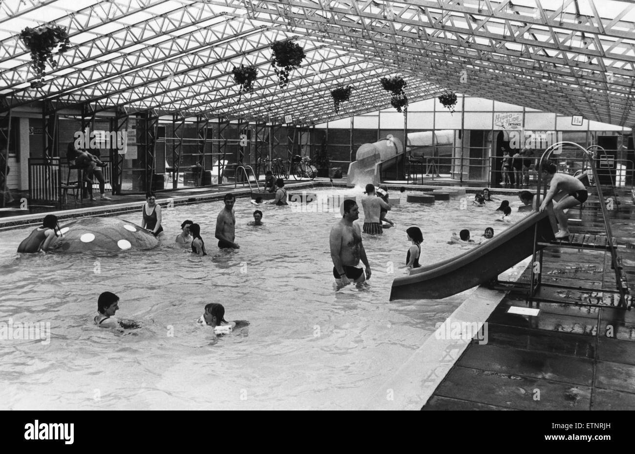 Holiday Makers Enjoy The Swimming Pool At The Sun Centre Trecco Bay Stock Photo 84072761 Alamy