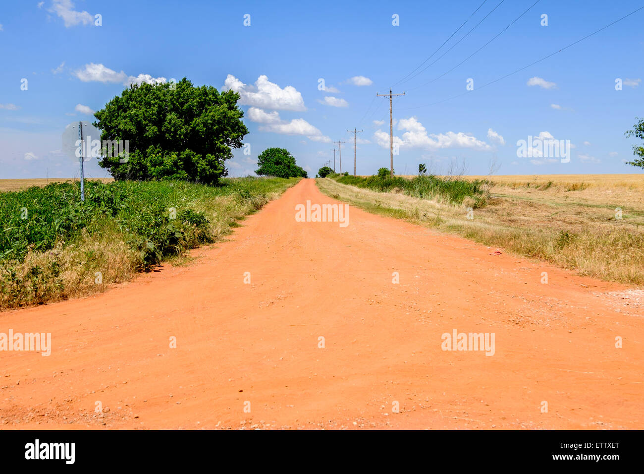 A red dirt road in the countryside of rural oklahoma usa Usa countryside pictures