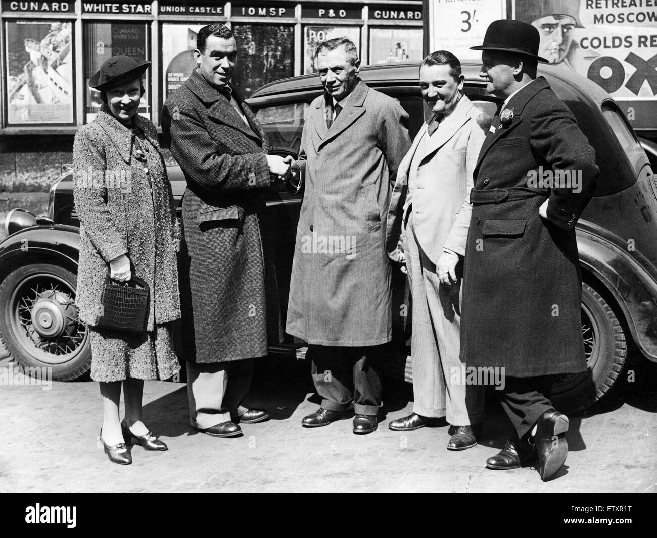 "Everton footballer William ""Dixie"" Dean with local dignitaries in"