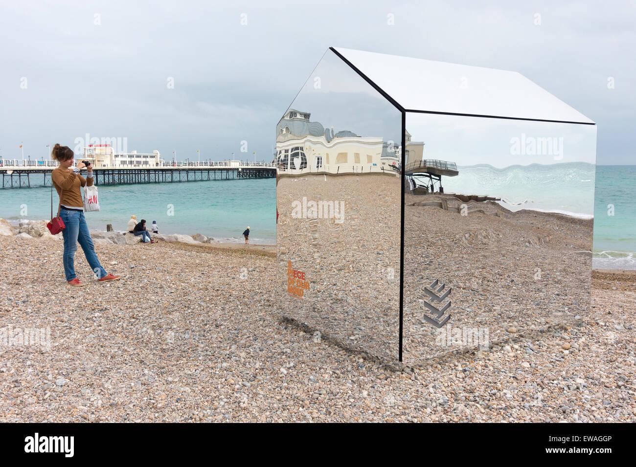 Mirrored Beach Hut Art Installation By Ece Architects On
