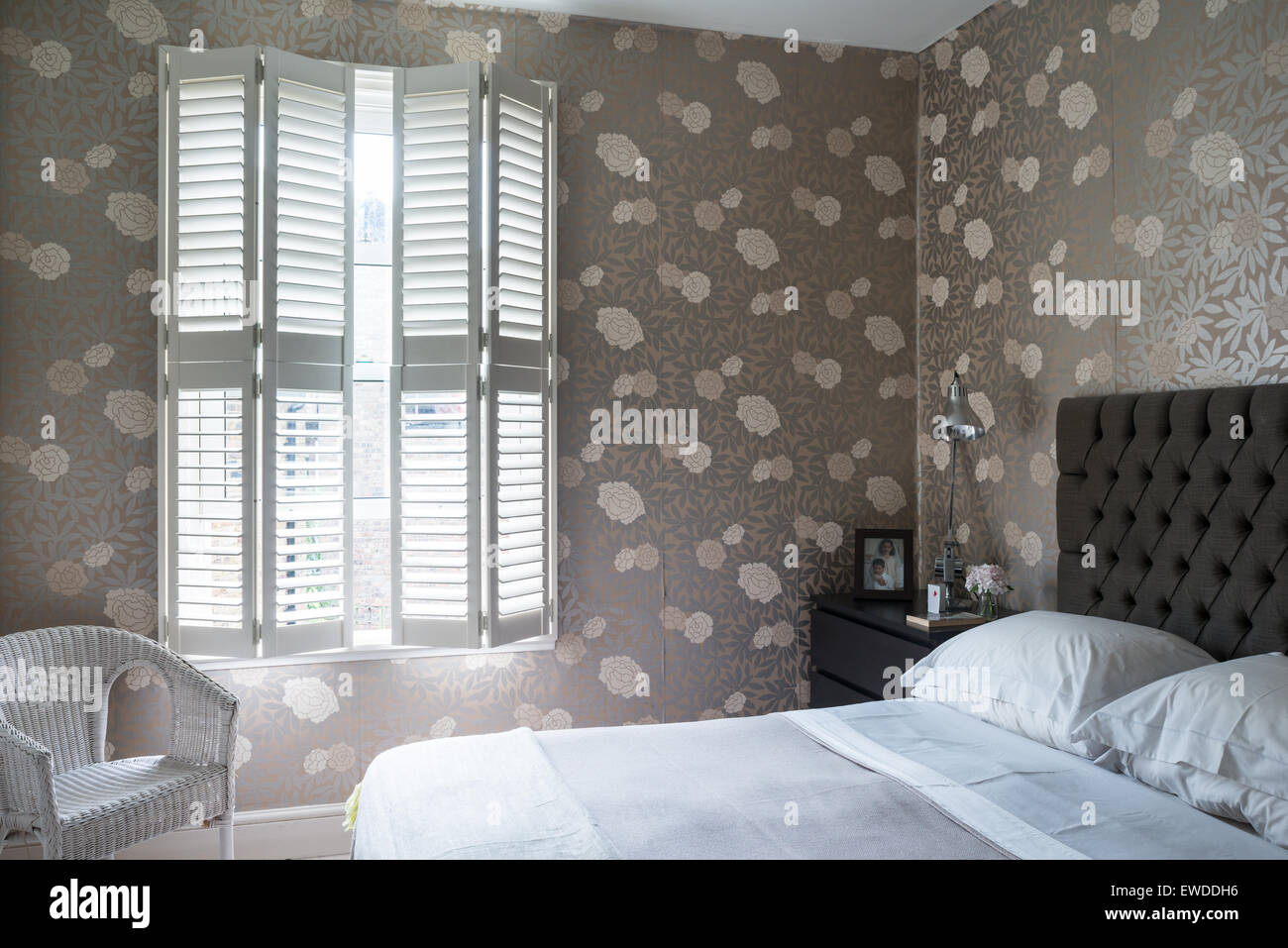 Osbourne U0026 Little Mettalic Floral Print Wallpaper In Bedroom With  Plantation Shutters And Chrome Anglepoise
