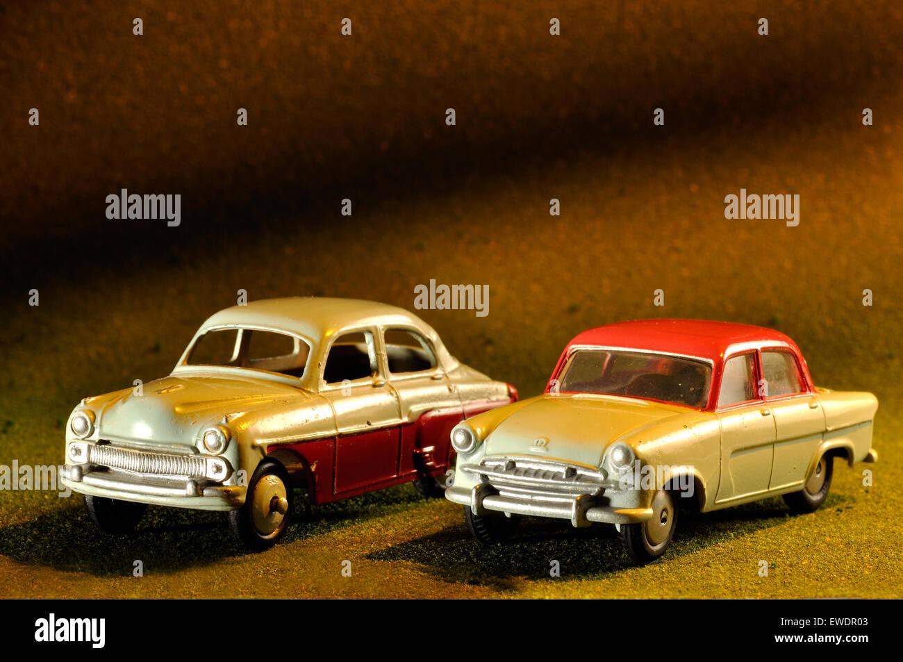 Model Vauxhall Cresta and Standard Vanguard 111 sedan cars in ...