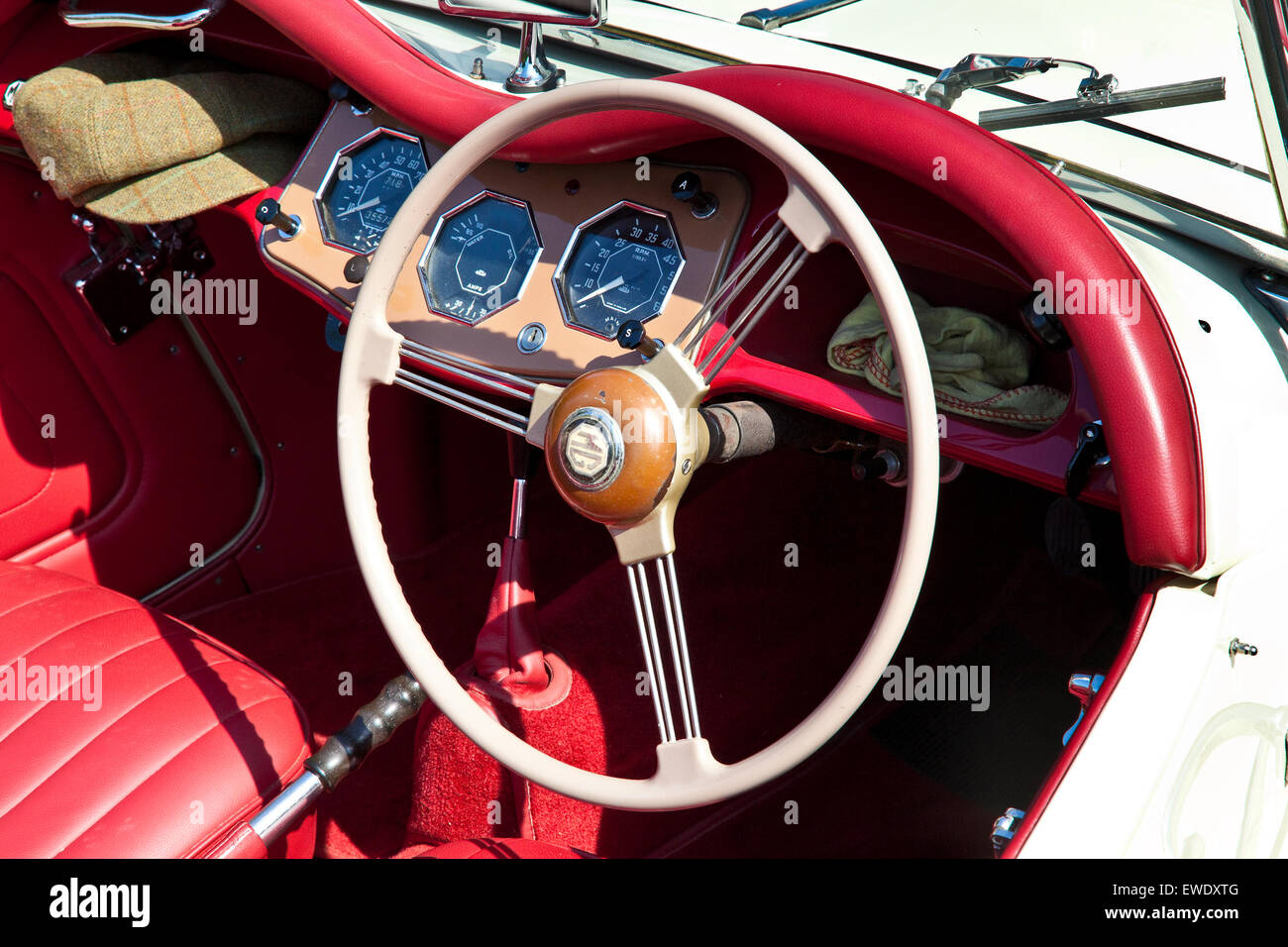 Mg tf 1500 stock photos mg tf 1500 stock images alamy detail of steering wheel and interior on mg tf 1500 in old english white with red vanachro Images