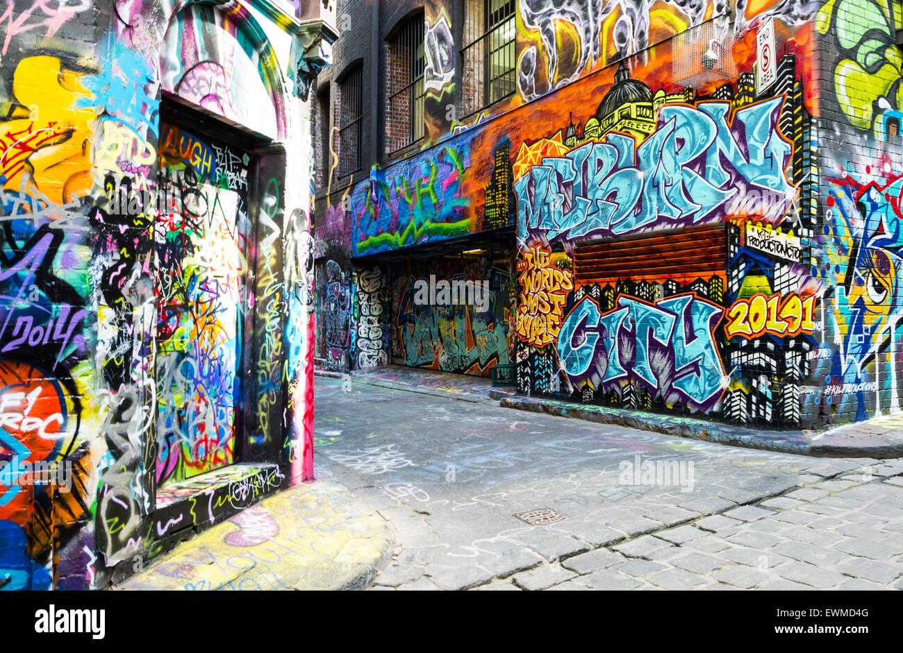 Australia melbourne murals graffiti in the famous hosier for Australian mural