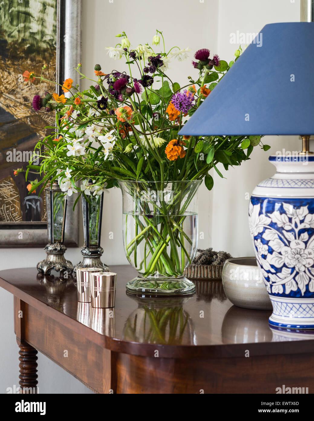 Chinese style lamp base pm antique mahogany table with vase of chinese style lamp base pm antique mahogany table with vase of wild flowers reviewsmspy