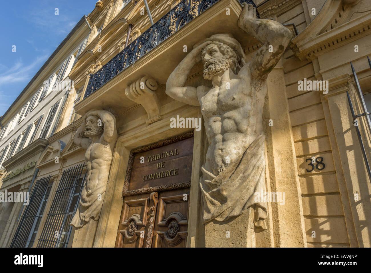 Dorway with caryatids tribunal de commerce atlas figures - Tribunal de commerce de salon de provence ...