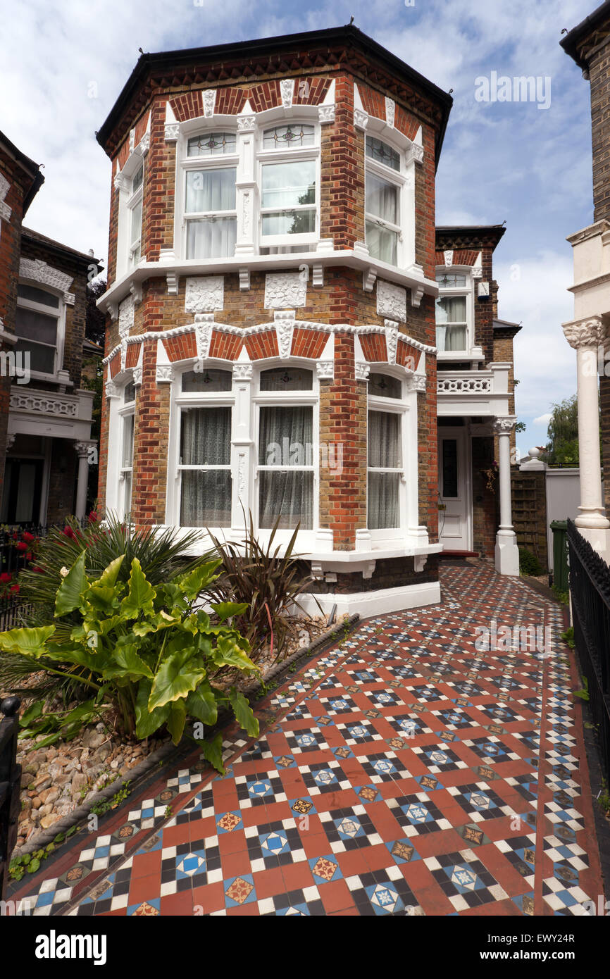 Wonderful victorian edwardian period house with a for Wonderful house images