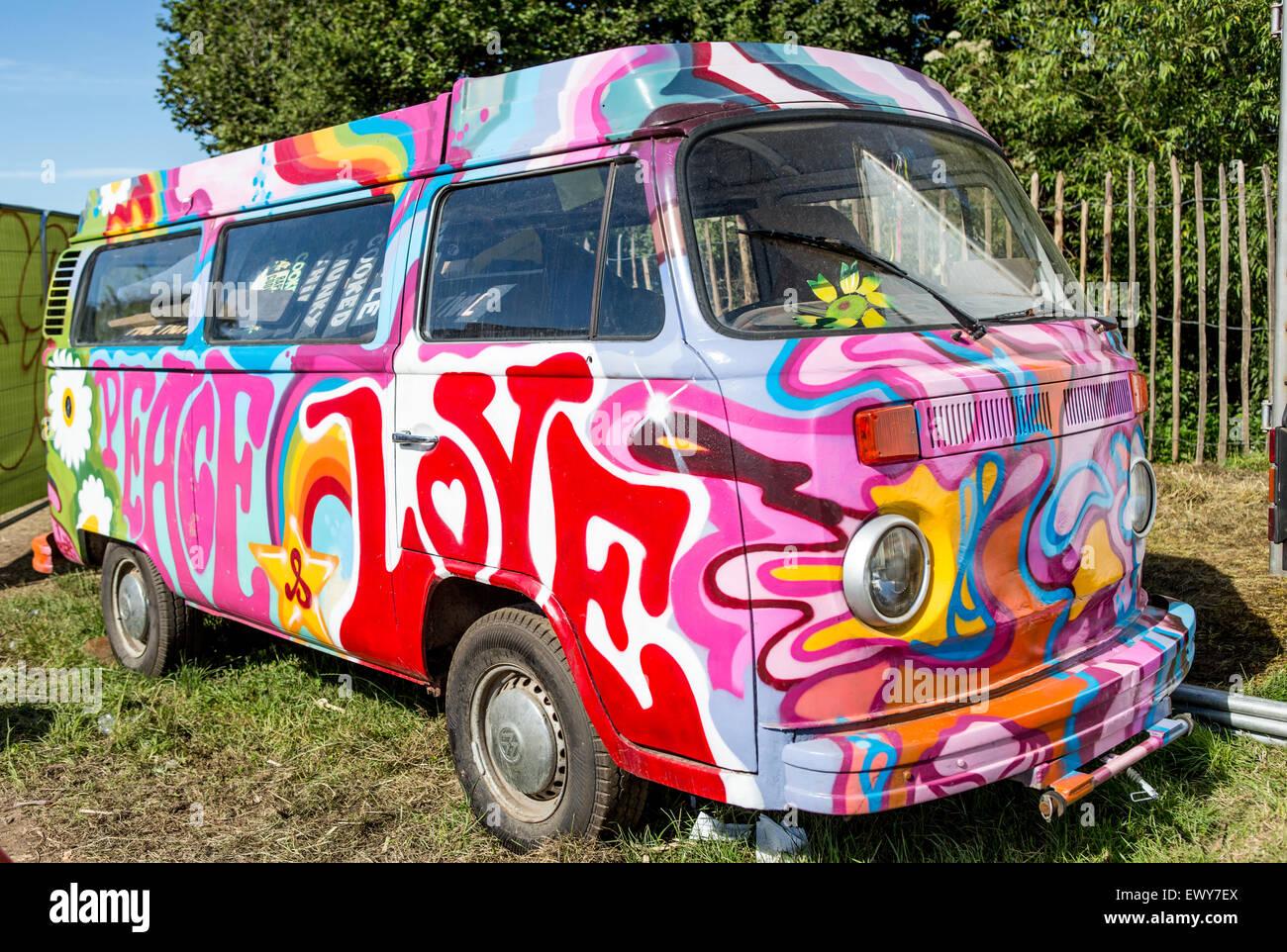 classic psychedelic painted vw camper van glastonbury. Black Bedroom Furniture Sets. Home Design Ideas