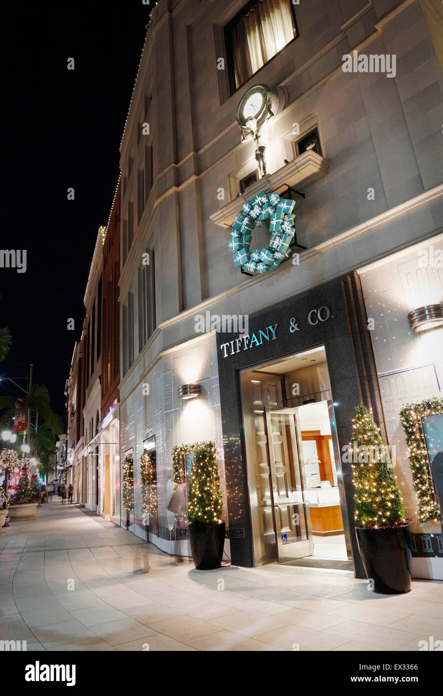 Tiffany And Co Christmas Ornaments Part - 49: Stock Photo - Tiffany U0026 Co Store On Rodeo Drive, Beverly Hills,Los Angeles, At Night With Christmas Decorations