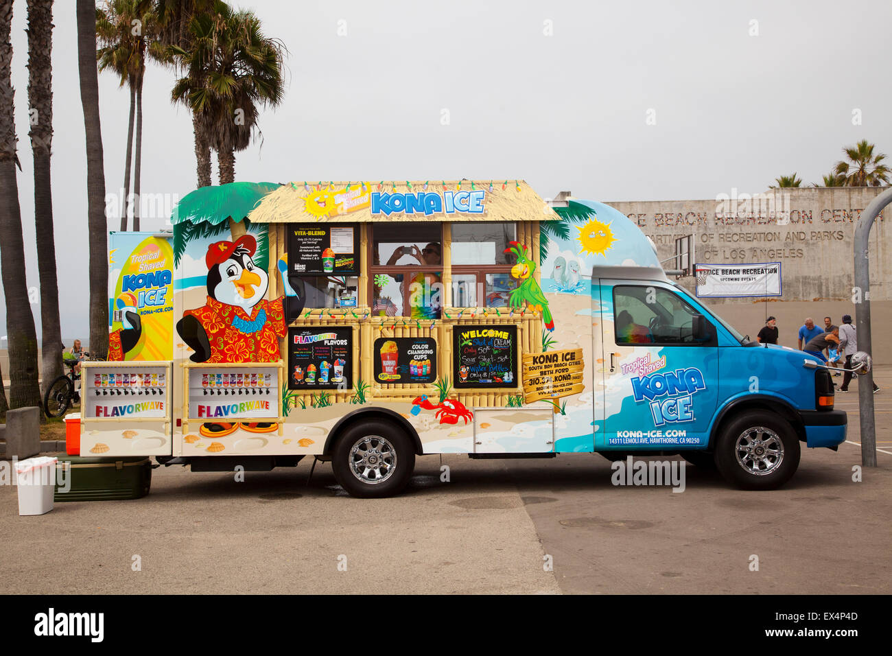 Food Truck Selling Ices Venice Beach California