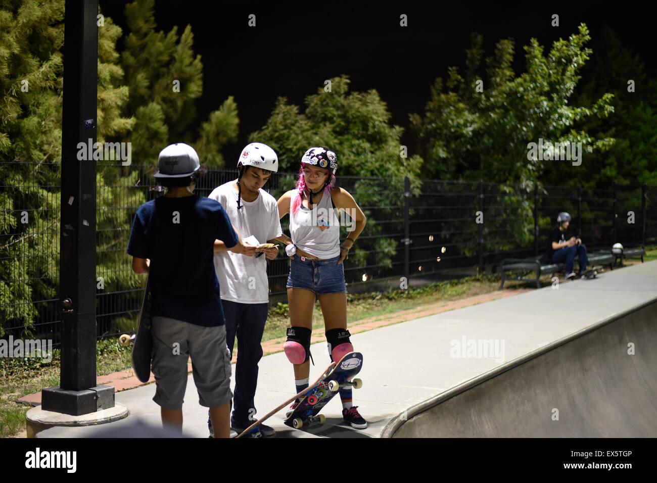 Roller skating houston - Skaters In Skate Park In Houston Texas