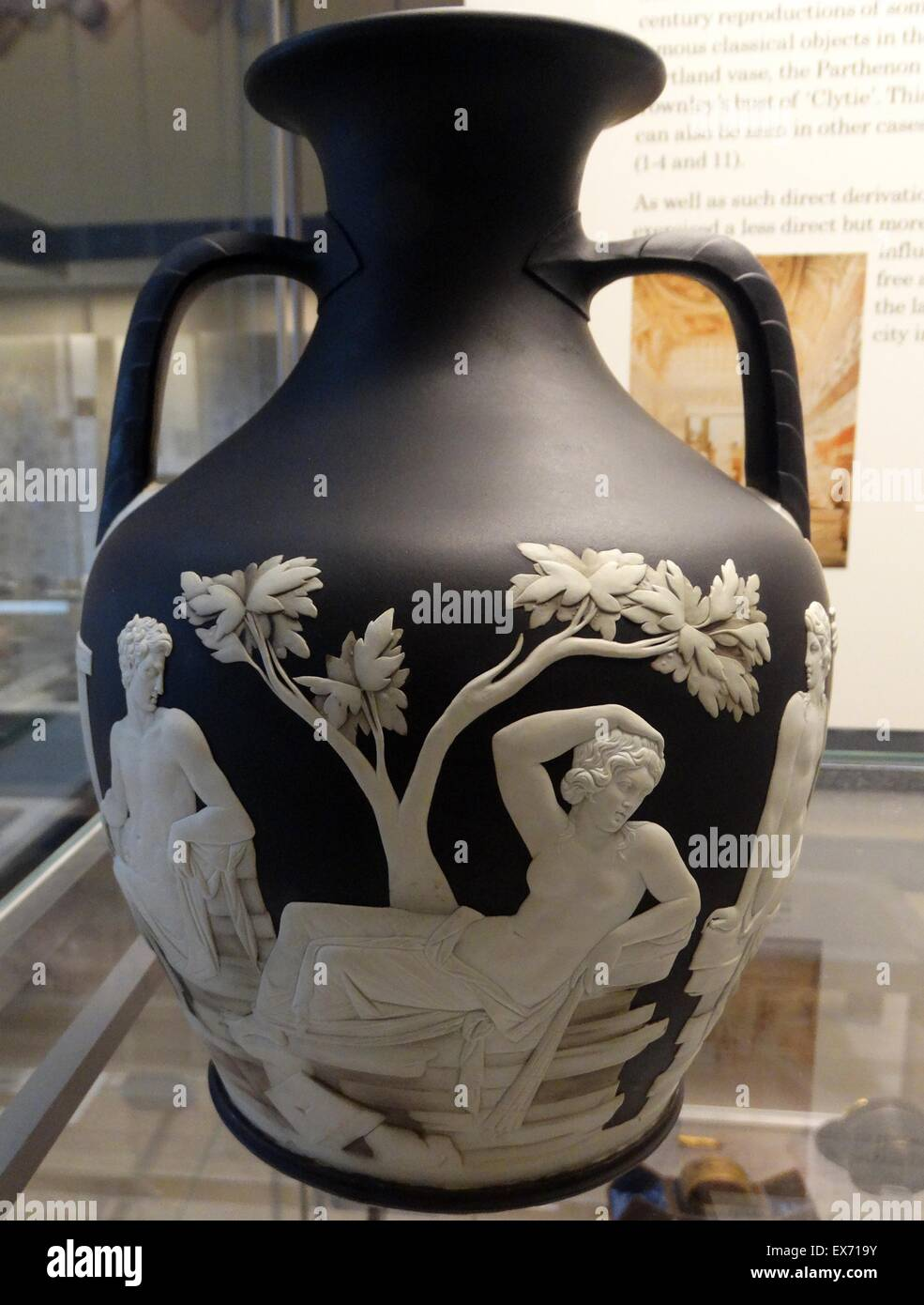 Copy of the portland vase by josiah wedgwood sons etruria copy of the portland vase by josiah wedgwood sons etruria known work of roman cameo staffordshire about 1790 glass in 1784 reviewsmspy