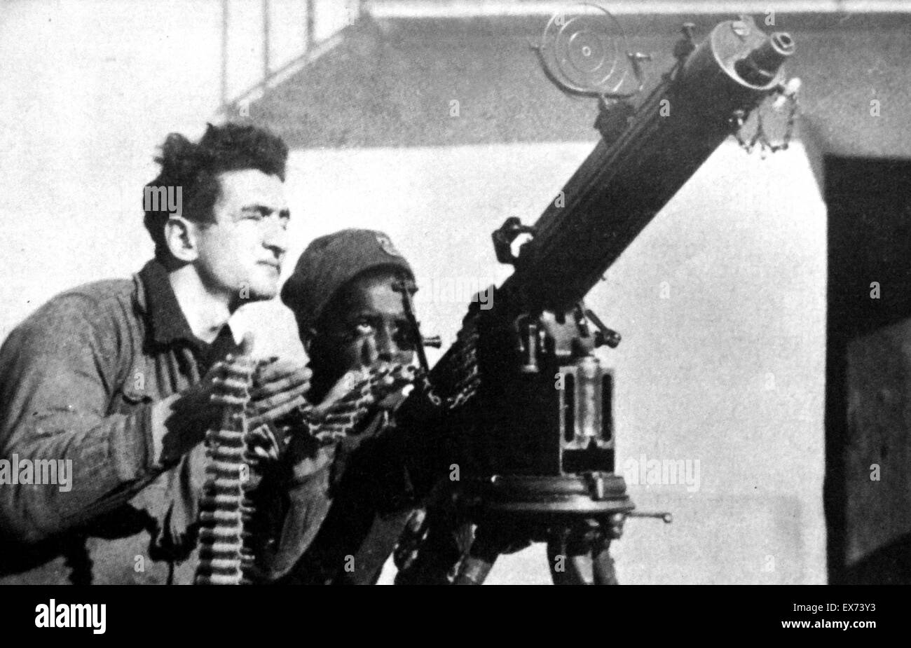 Republican soldiers use anti aircraft gun to defend madrid 1938 during the spanish civil