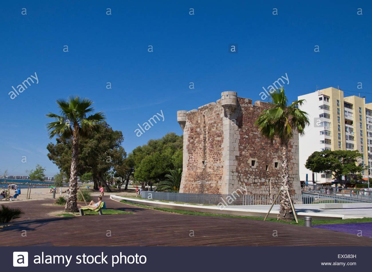 castelln de la plana divorced singles Visit the most famous monuments in castellón de la plana, valencian community - valencia region get to know the rich historical and cultural past of the region.