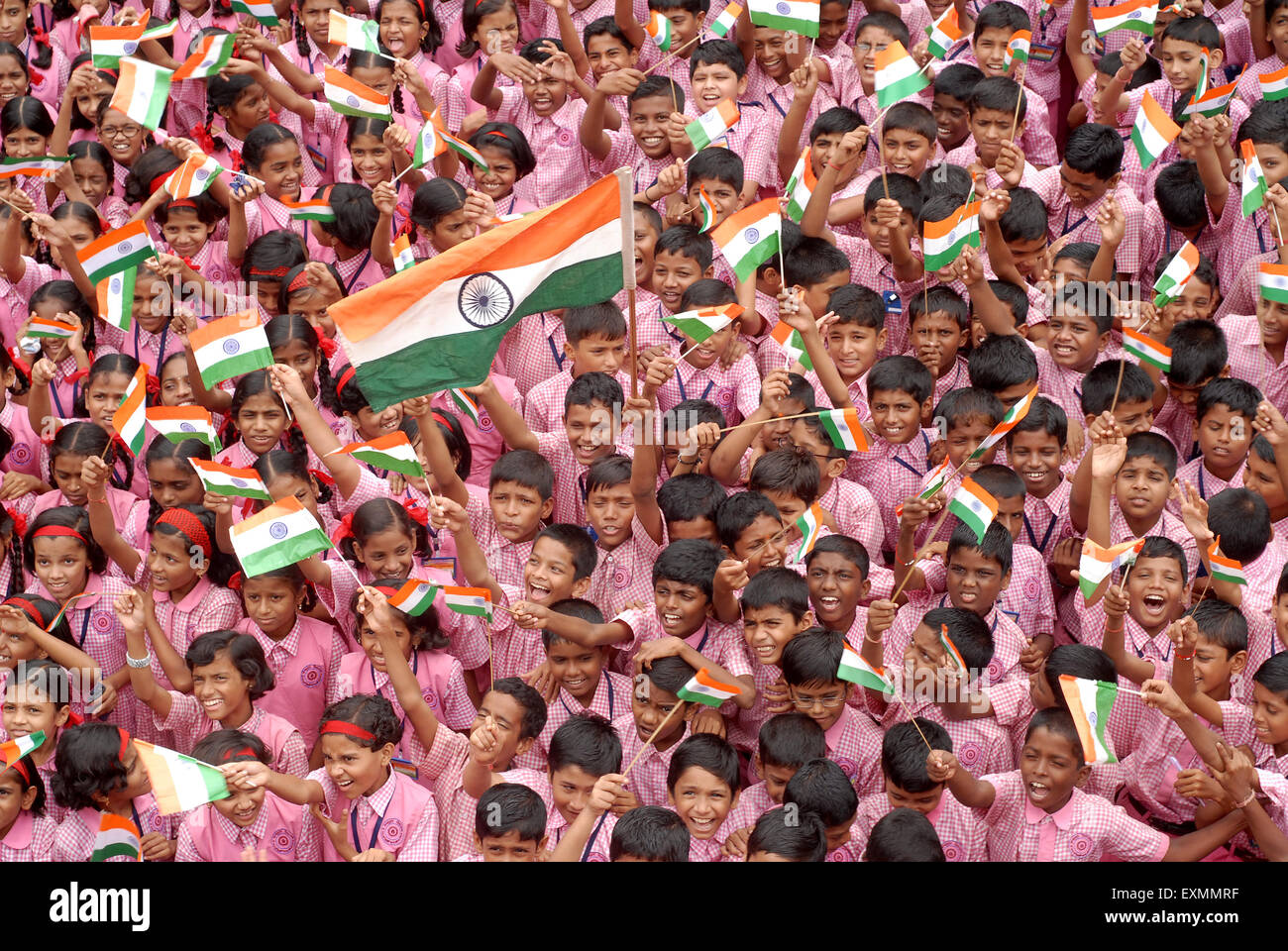 School children celebrate Indian Independence Day by ...