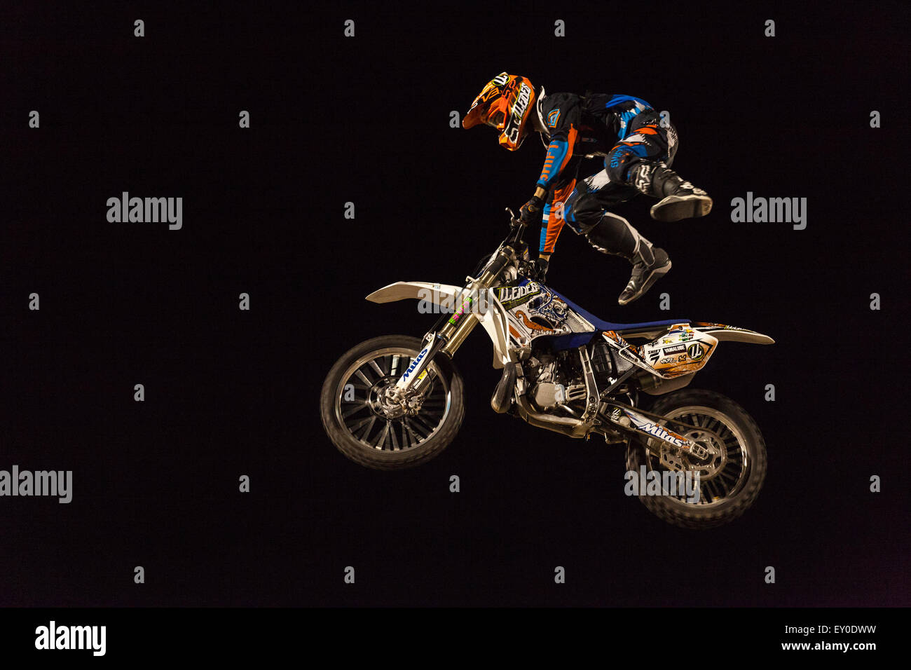 freestyle motocross riders 2015 schedule