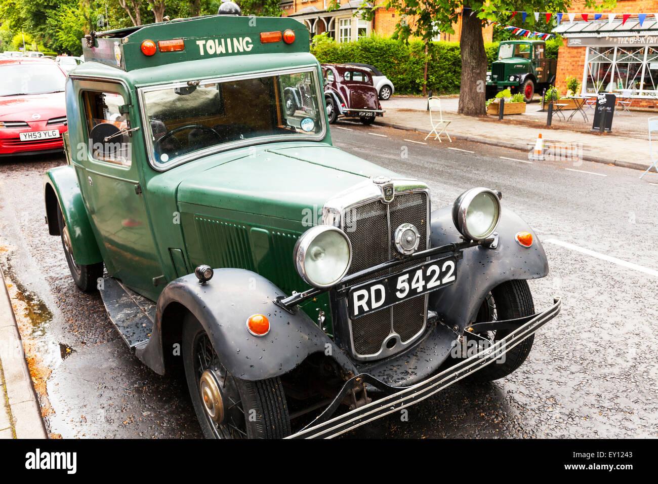 Austin Morris tow truck green 1934 petrol classic car vehicle ...