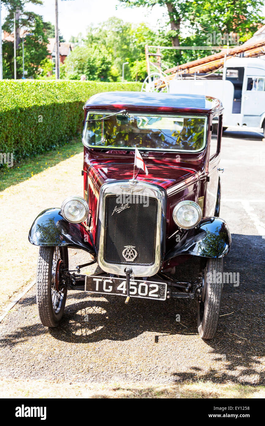 Austin Seven 7 classic car vehicle antique traditional red old ...